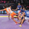 Puneri Paltan easily beat Dabang Delhi K.C. ; moved to fourth place