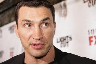 Klitschko score comprehensive points victory over Haye