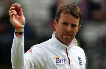 It's Graeme Swann turn now