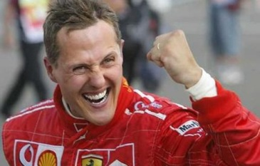 Michael Schumacher to continue in 2012