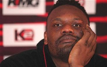 Dereck Chisora gets punched