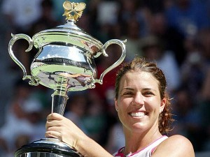 Jennifer Capriarti inducted to the Tennis Hall of Fame