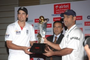 Alastair Cook, Captain Team England, Mr. Anant Arora, CEO, Airtel Gujarat and MS Dhoni, Captain Team India at the unveiling of India England Test and T20 trophy