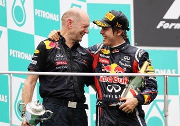 Sebastian Vettel and Adrian Newey to stay with Red Bull