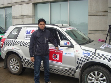 Desert Storm 2013 winner Suresh Rana of Team Maruti