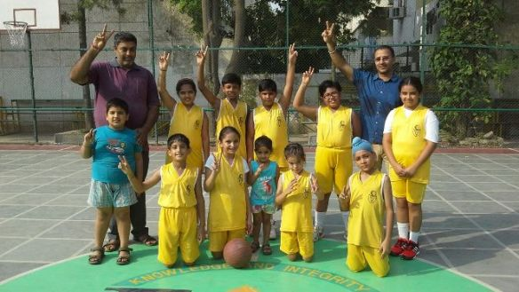 Vivek High Basketball League - Yellow Kings stamp their authority on court!