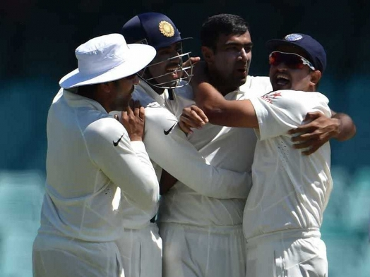 Ravichandran Ashwin lights up Sydney with bat and ball