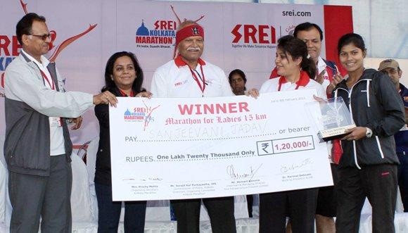 15 KM marathon (Women) winner - Sanjeevani Jadhav