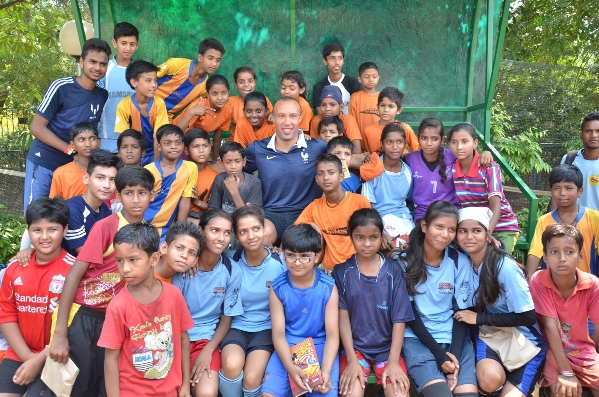 Football star Mikael Silvestre engaged with over 200 kids during the programme