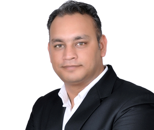 Dr. Amit Saraswat - founder and chief physiotherapist of Physioveda India