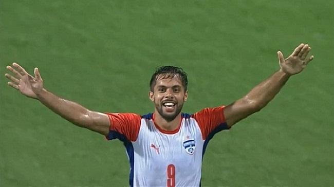Delhi Dynamos FC over Robin Singh's exchange