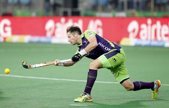 Delhi Waveriders enter Semi Finals with a solid performance against Kalinga Lancers