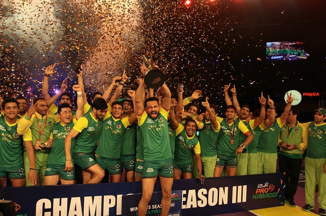 Patna Pirates claim maiden Star Sports Pro Kabaddi victory in fitting finale; Crush U Mumba's juggernaut