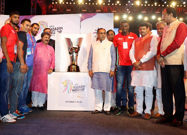 Shri Vijay Rupani, Hon'ble Chief Minister of Gujarat, Shri Nitin Patel, Hon'ble Deputy Chief Minister of Gujarat, Mr. Deoraj Chaturvedi, CEO, International Kabaddi Federation; Mr. Anupam Goswami, Head – Kabaddi, Star Sports; Udit Sheth, MD, SE TransStadia along with Anup Kumar, Captain of Team India; Meraj Sheykh, Captain of Team Iran; Someshwar Kalia, Captain of Team England; Md. Aruduzzaman Munshi, Captain of Team Bangladesh; David Shilisia, Captain of Team Kenya; Sebastian Desocio, Captain of Team Argentina unveiled the trophy of the 2016 Kabaddi World Cup.