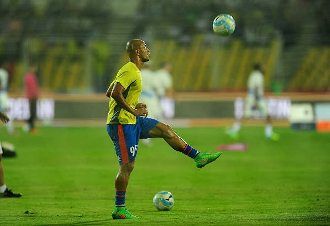 Julio Cesar da Silva E Souza of FC Goa during the warmup session during match 22 of the Indian Super League (ISL) season 3 between FC Goa and Kerala Blasters FC held at the Fatorda Stadium in Goa, India on the 24th October 2016.