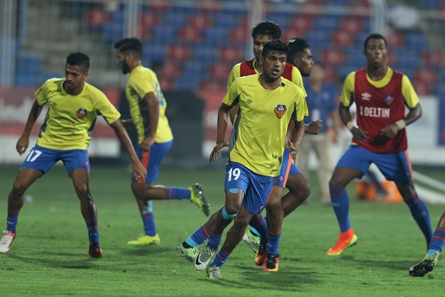 FC Goa players warm up session during match 36 of the Indian Super League (ISL) season 3 between FC Goa and NorthEast United FC held at the Fatorda Stadium in Goa, India on the 11th November 2016.