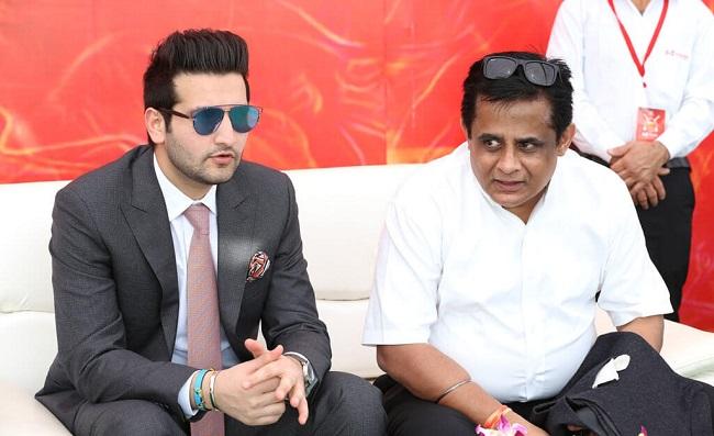 Mr. Vivek Patni, Director of Wonder Cement, accompanied by Mr. Tarun Singh Chauhan, Management Advisor