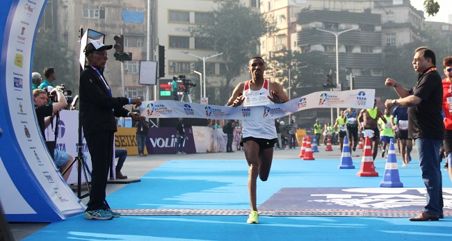 Pic 1 - Ethiopia's Solomon Deksisa, men's winner of the Tata Mumbai Marathon 2018